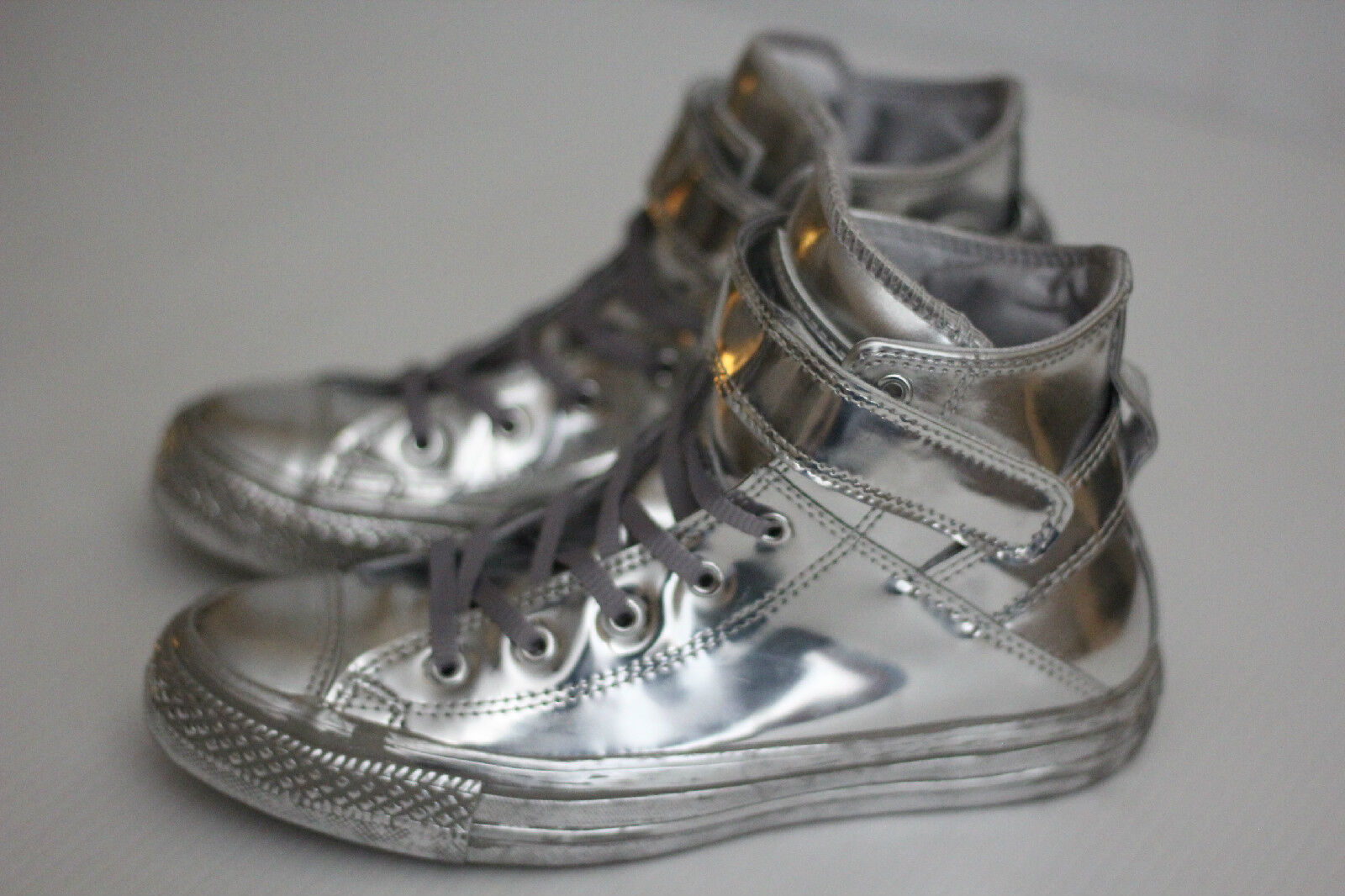 NEW Converse Chuck Taylor All Star Brea HI 6US Top Metallic Chrome Silver 6US HI (Y66) ba682e
