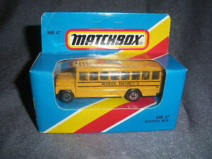273B-Vintage-Matchbox-MB-47-Bus-School-District-2-US-1-76