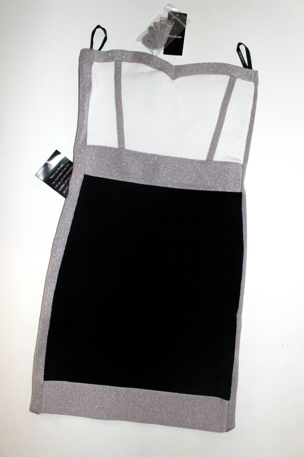 NWT bebe schwarz Weiß shimmery strapless Farbeblock bandage top dress M fits 4 6
