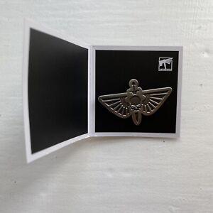New Games Workshop Warhammer 40k AoS Astra Militarum Koyo Pin Badge