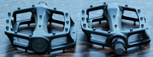 """Black Platform Bike Pedals 1//2/"""" Vintage Schwinn Cruiser Old School BMX Bicycle"""