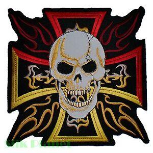 8 Skull Hierro Cruz De Hierro Tatuaje Llama En La Parte Posterior