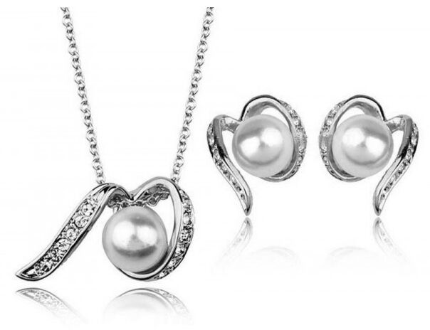 Wedding Shiny Bridal Jewellery Set Silver & White Pearls Necklace Earrings S540