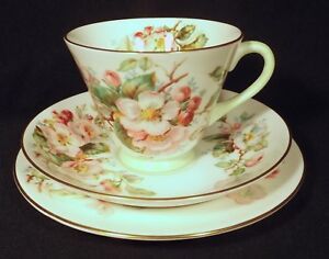 1947-1952-ROYAL-DOULTON-TRIO-APPLE-BLOSSOM-H-4899-VG-NEAR-UNUSED-CONDITION