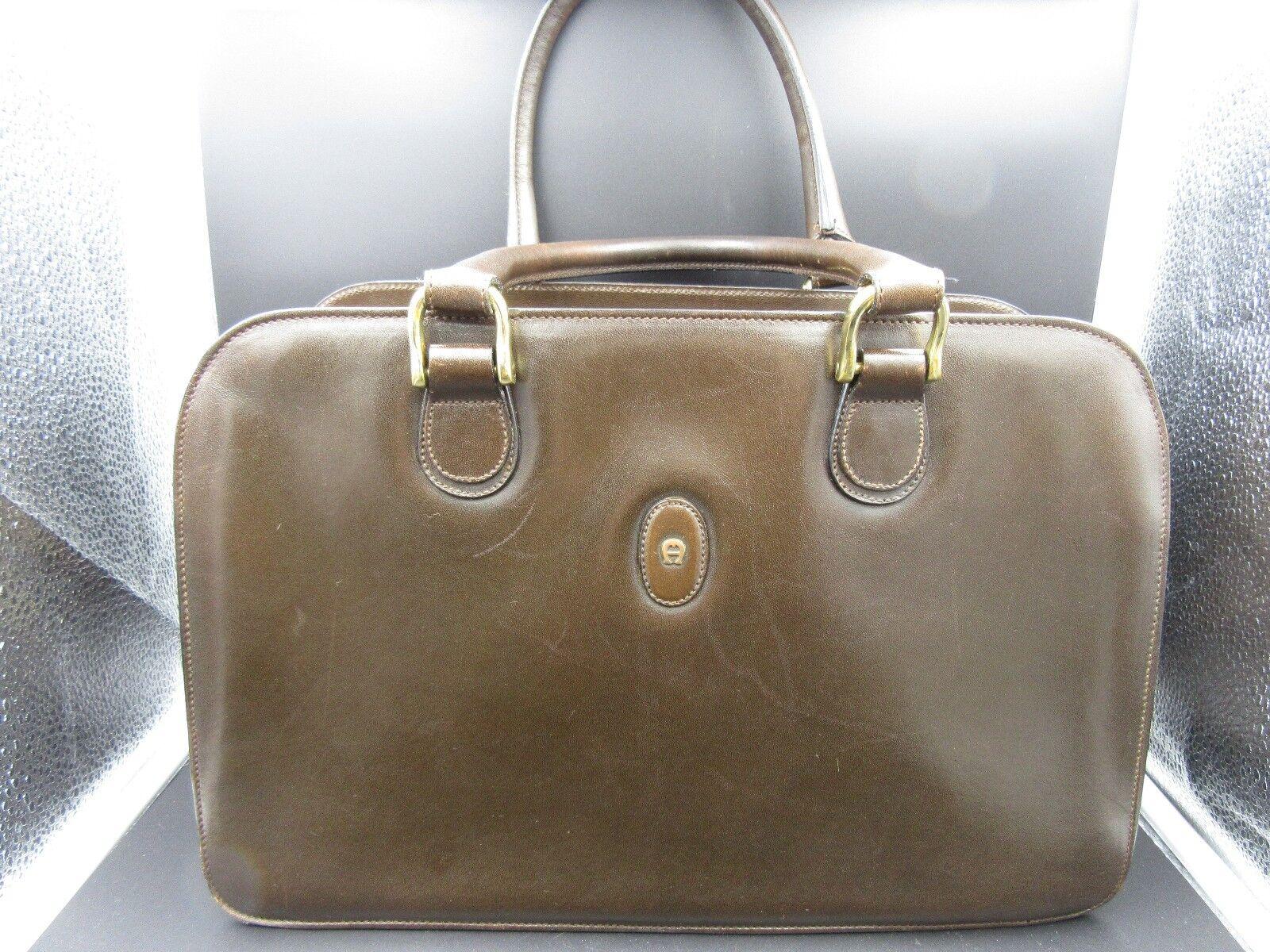 L989⭐⭐ AIGNER Braun Handtasche    Handgelenktasche ⭐⭐ | Helle Farben  | Verkauf Online-Shop  | Schönes Design