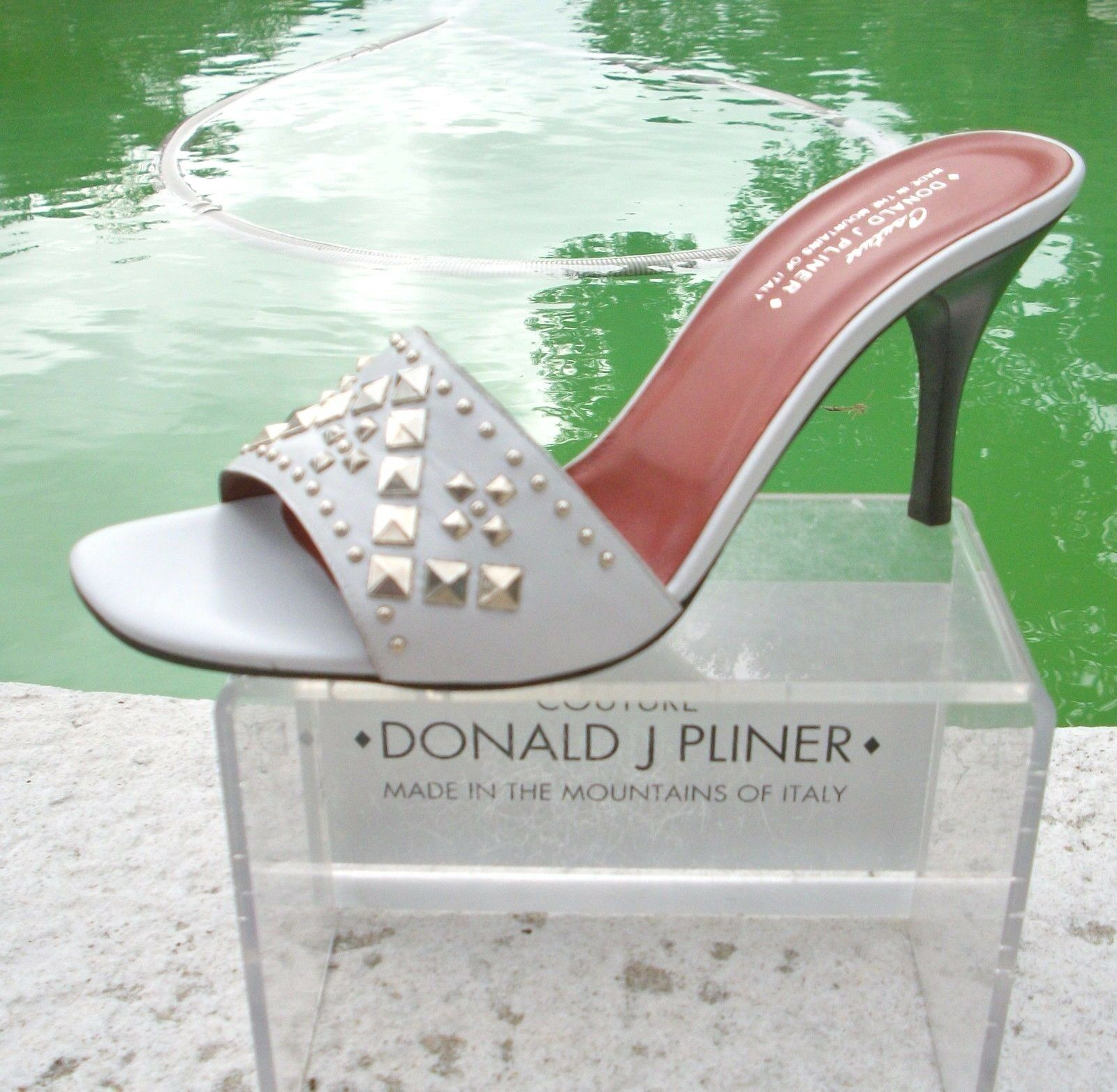 Donald Pliner Couture Baby Blau Calf Leder Schuhe New New New Metal Stud 235 NIB Größe 6 8e3de2