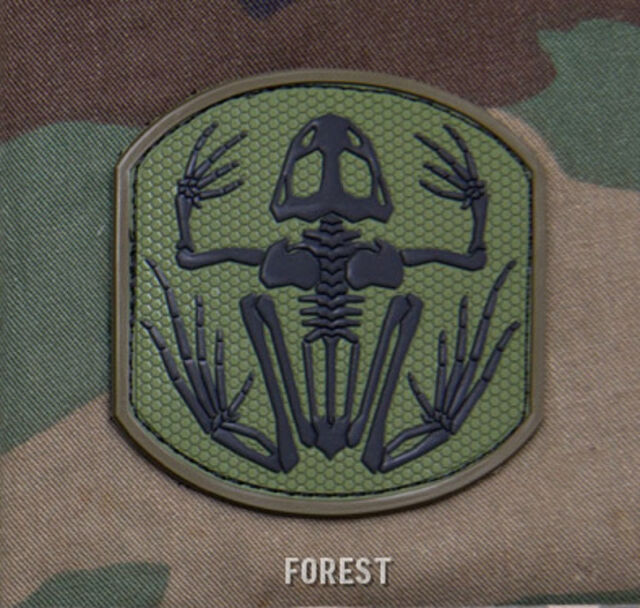 SKELETON FROG MAN FOREST TACTICAL COMBAT BADGE MORALE PVC MILITARY PATCH