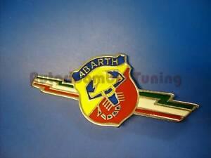 FREGIO-SCUDO-ABARTH-METALLO-SAETTE-TRICOLORE-FIAT-500