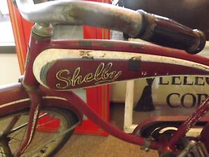 RARE-Vintage-1953-Shelby-Traveller-20-034-Bicycle-TANK-RACK-GAS-OIL-SODA-ORIG-PAINT