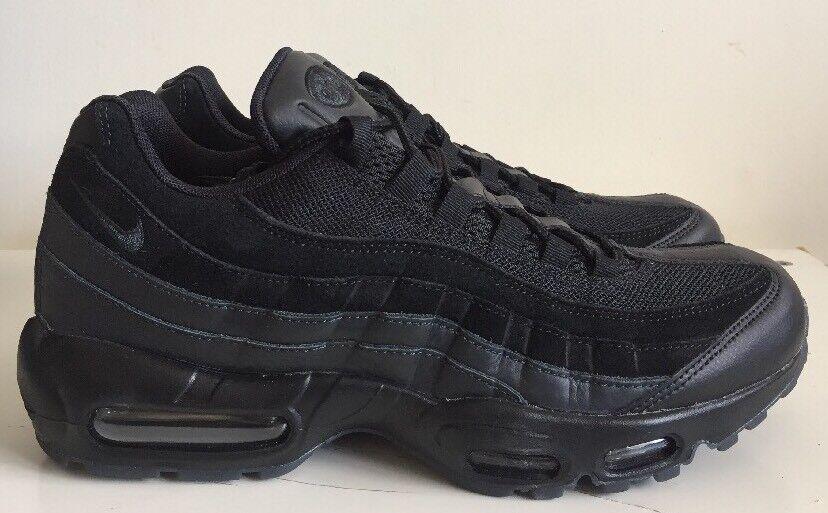 Nike air max 95 essenziale dimensione 9 eur nero 749766 031