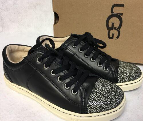 Taya Leather Veterschoenen Sneakers 1006828 Australia Womens Fashion Black Ugg OmNwv8n0