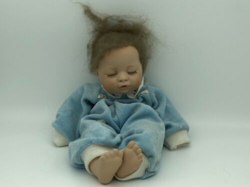 Künstlerpuppe Porzellan Puppe 31 cm. Top Zustand