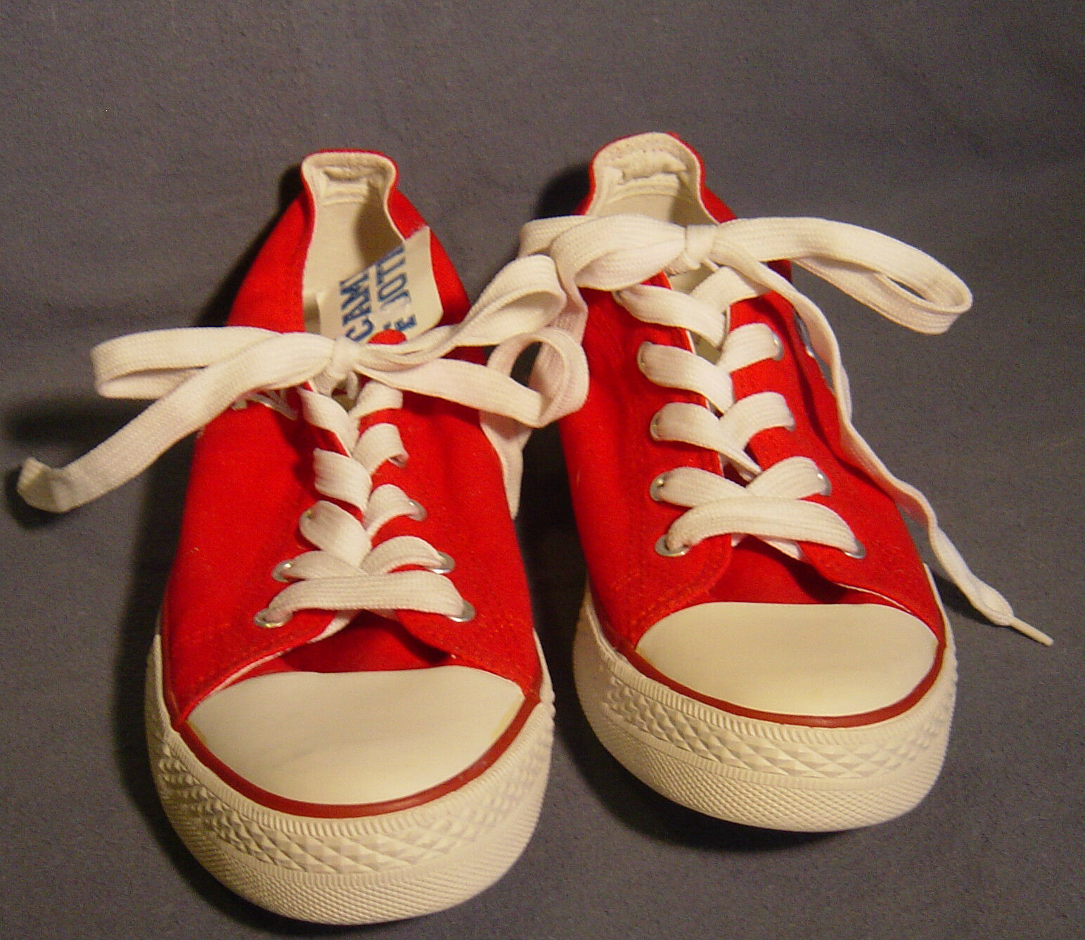 MEN'S RED & WHITE CANVAS ALABAMA GYM SHOES