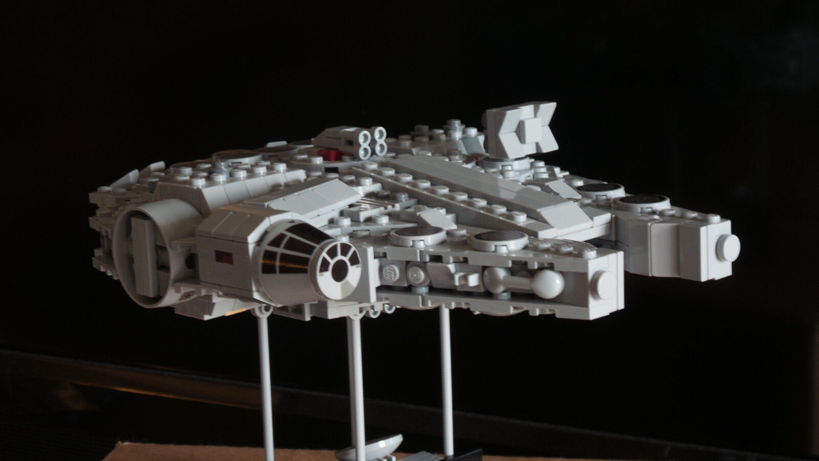 Lego Star Wars Millennium Falcon Episode VII The Force Awakens Custom