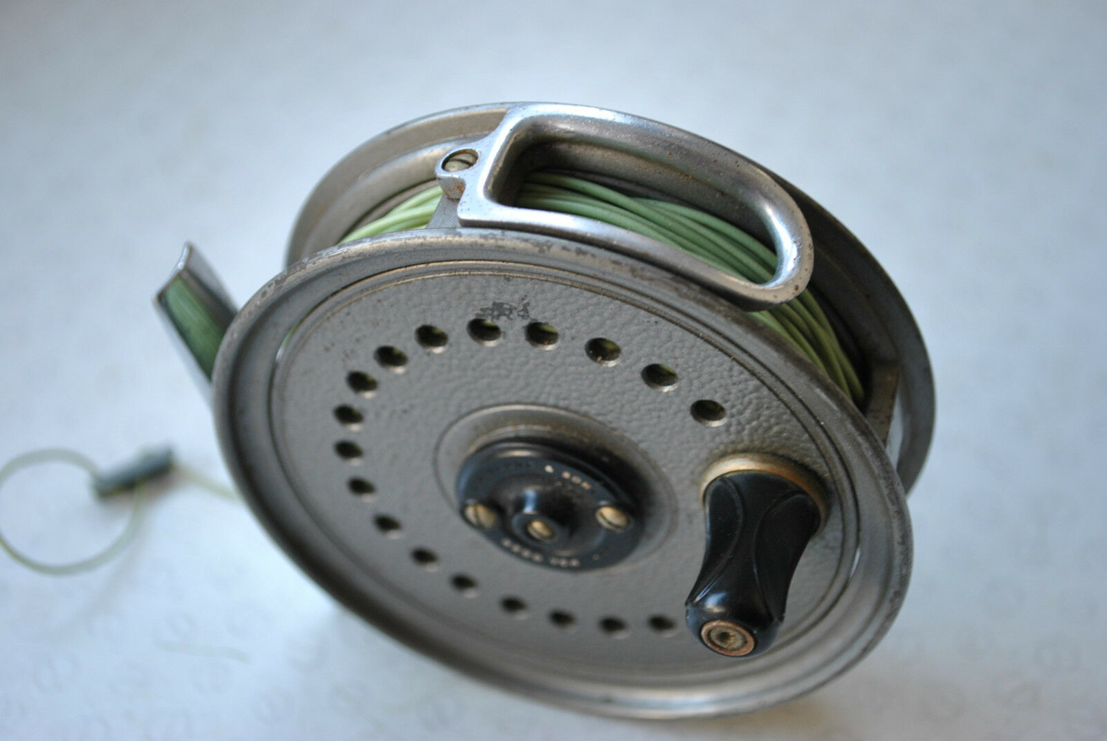 A VERY GOOD VINTAGE J W YOUNG 3 1  2  BEAUDEX TROUT FLY REEL + LINE  clearance up to 70%