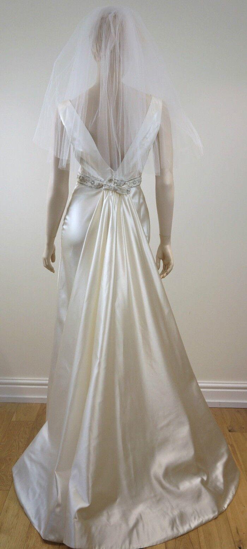 LAZARO COUTURE Designer Ivory Wedding Dress / Gown, Detachable Train & Veil