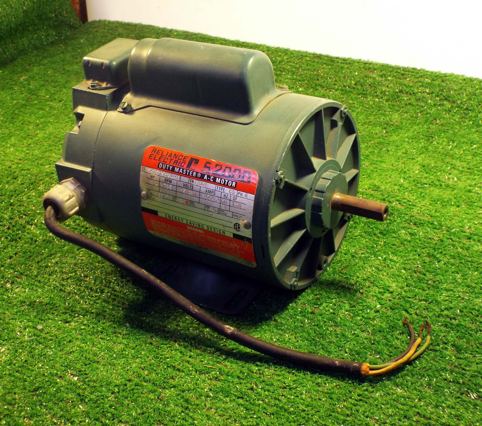 1 USED RELIANCE ELECTRIC C48S1502N-YU A-C MOTOR DUTY MASTER, 1 4 HP, 1725 RPM