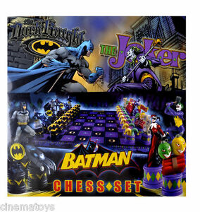 The-Batman-Chess-Set-DC-Comics-Dark-Knight-VS-Joker-Scacchiera-NOBLE-COLLECTION