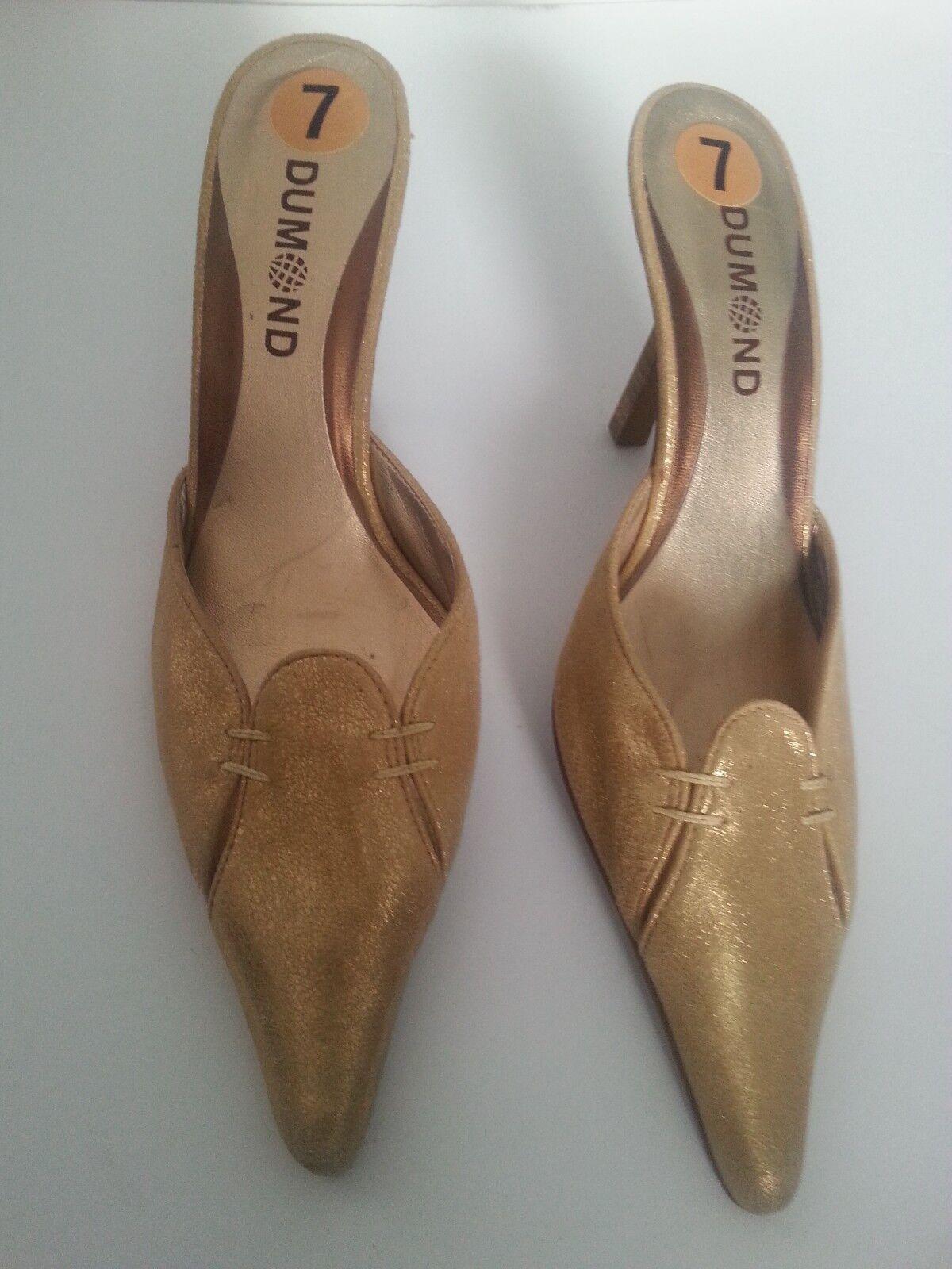 Dumond Mujeres oro Tacón Gatito tamaño 7 Zapatos Zapatos Zapatos Slip On Ajuste Estrecho Nuevo Sin Caja  autorización oficial