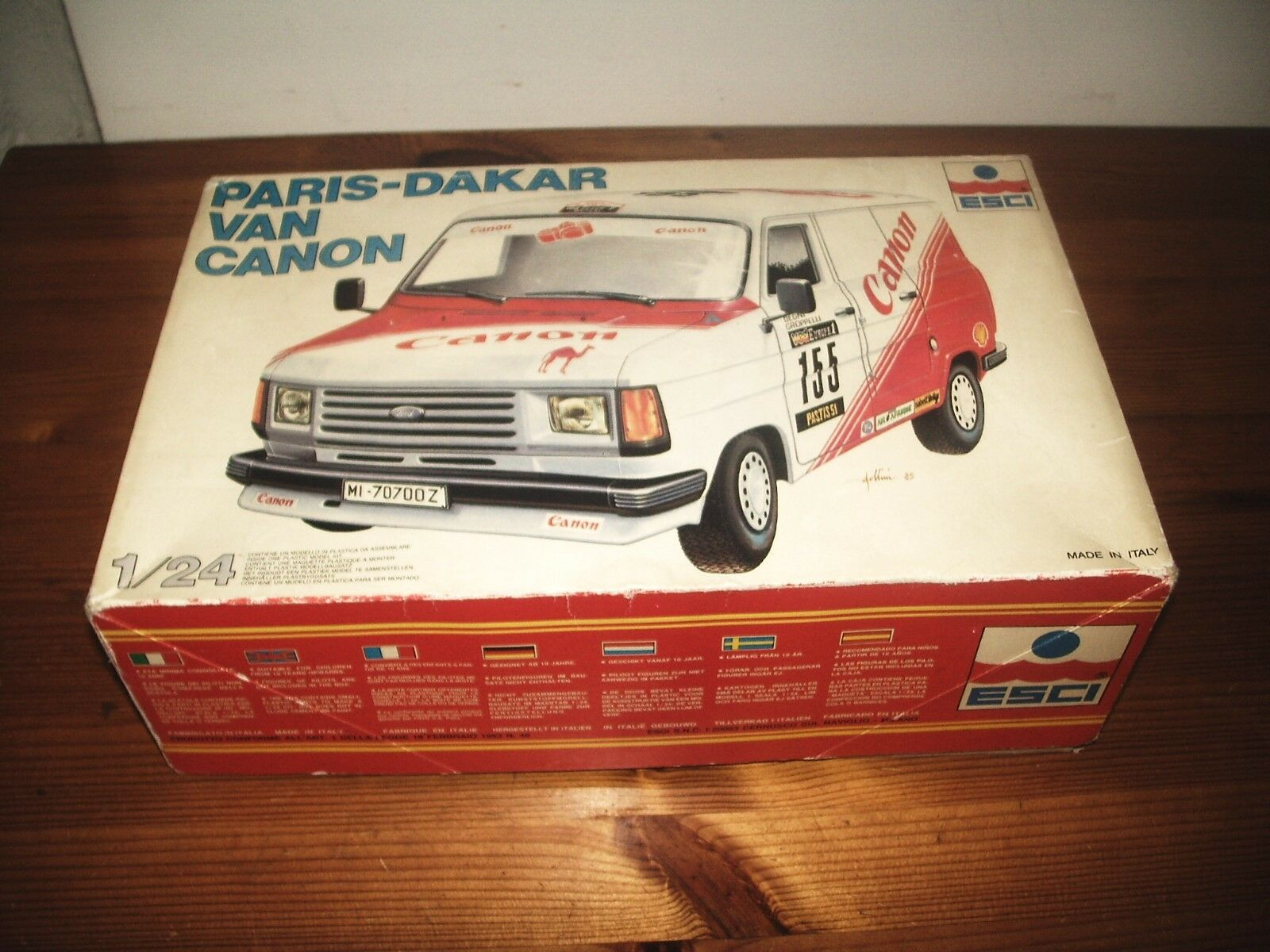 ESCI 1 24 PARIS-DAKAR TRANSIT VAN CANON MODEL KIT 1982