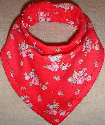 Pañuelo regate babero hecho con Cath Kidston Ramita Rojo Material En Rosa