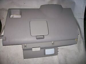 2004 06 kia amanti left driver side dash panel lower knee fuse box rh ebay com 2004 Kia Amanti Interior 2004 kia amanti fuse box location