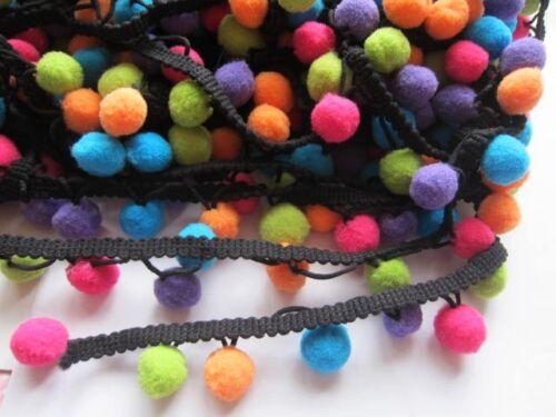 "2 Yd 5//8/"" Pom Pom Fringe-Multicolore HW006 environ 1.83 m Pom Pom Trim"