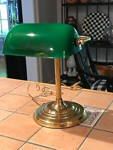 Image Is Loading Desk Lamp Green Glass Shade Bankers Traditional Style