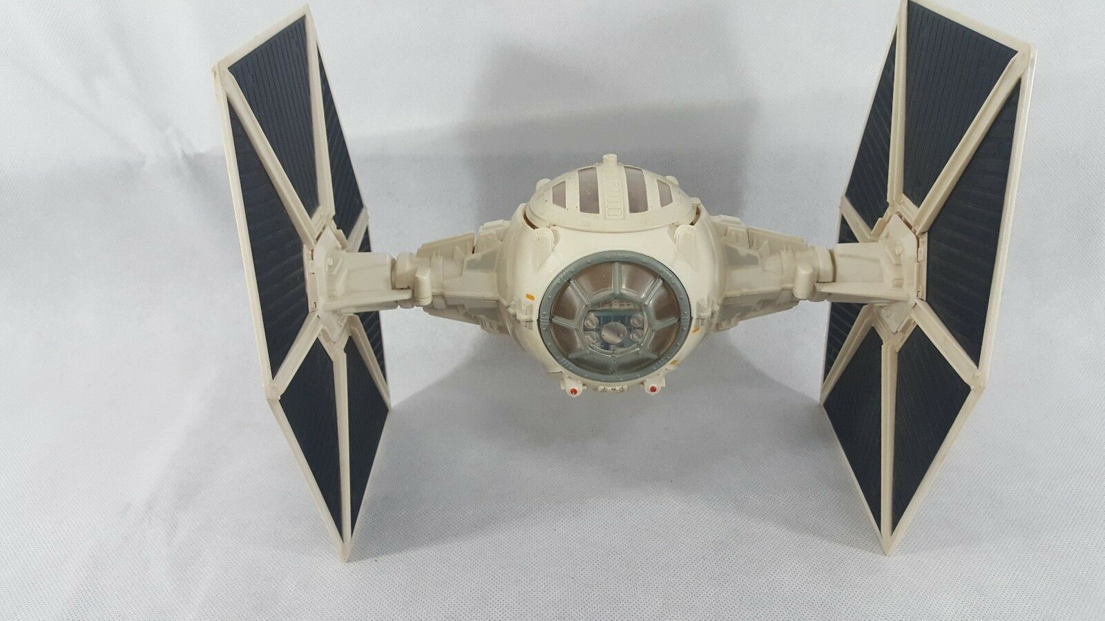 2005 Big Wing TIE Fighter Star Wars Action Figure Imperial Weiß Collectible