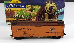 Athearn-5028-Northern-Pacific-40-039-Steel-Reefer-Car-NP-91349-HO-Scale