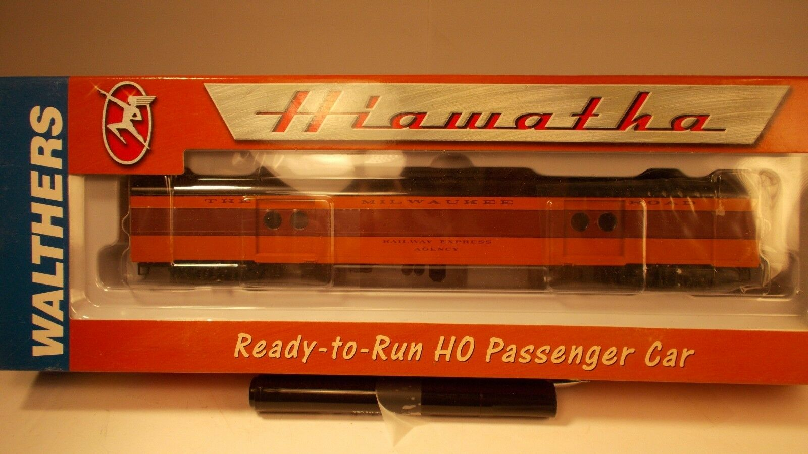 Walthers HO Scale  1955 Twin Cities (express car)