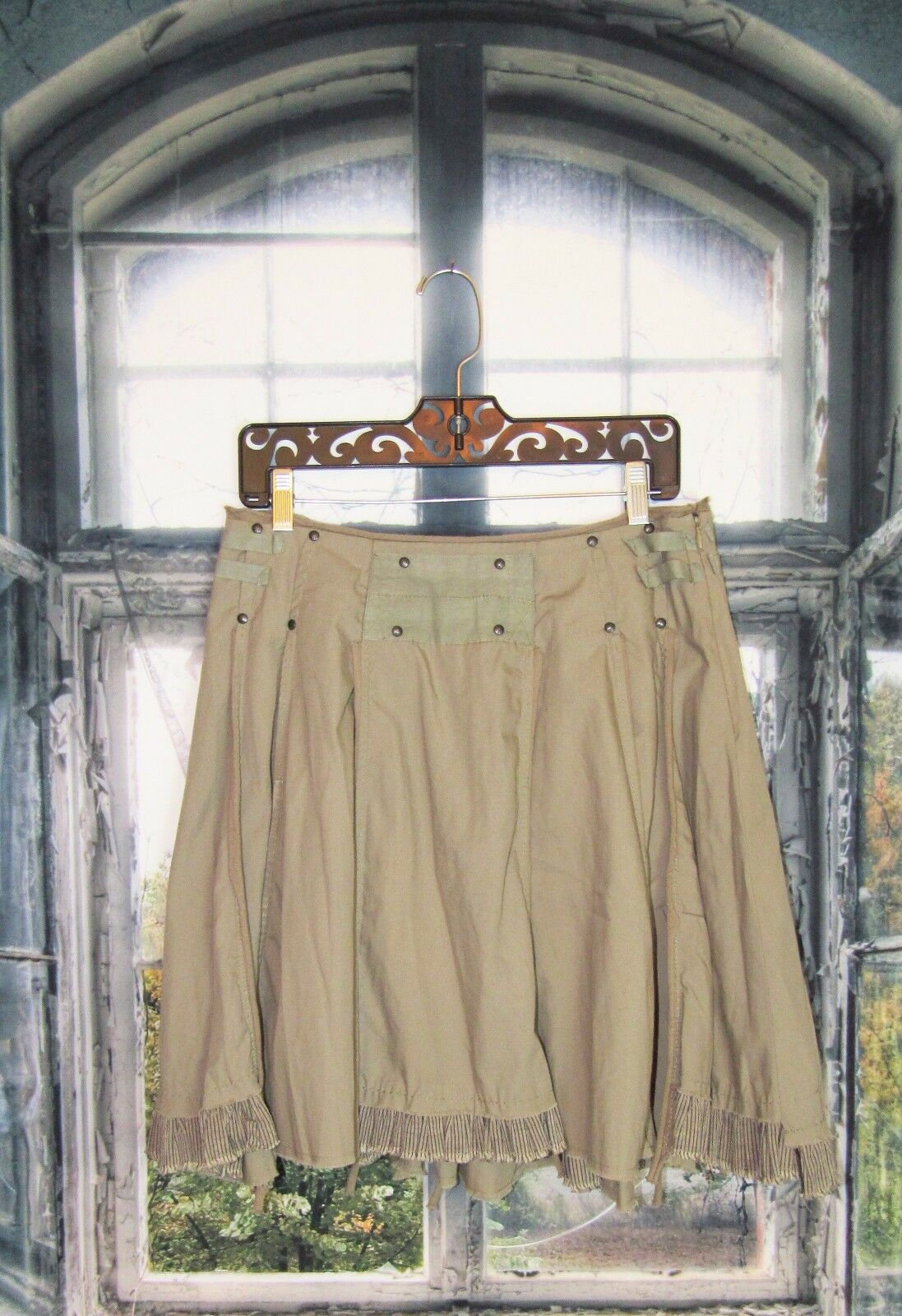 Free People Studded Olive Green Ruffle Military Style Skirt. Size 6. So Cute.