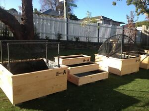 Wicking-Garden-bed-Self-watering-Planter-box-X1-Free-delivery-Melbourne