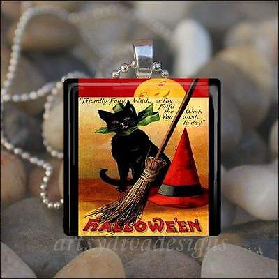 """VINTAGE HALLOWEEN"" BLACK CAT WITCH HAT BROOM GLASS PENDANT NECKLACE KEYRING"