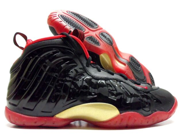 fdcb0f66b82a7 Nike Little Posite One Foamposite Dracula Halloween Black Red GS 5y 846077  003