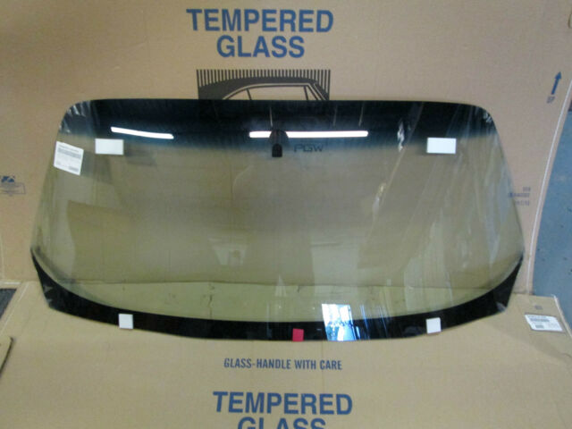 1971-1981 CHEVROLET CAMARO PONTIAC FIREBIRD WINDSHIELD GLASS WITH ANT DW785GBN