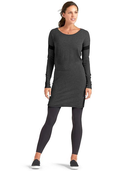 ATHLETA  Azalia Farbeblock Dress NWOT  Medium, Charcoal Heather