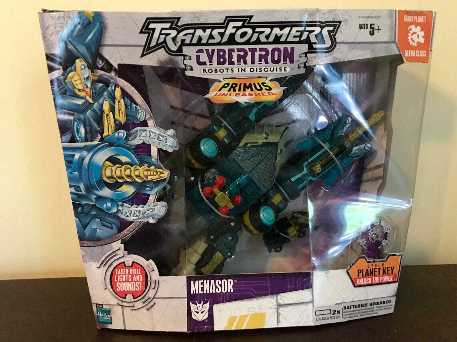 2005 Hasbro Transformers Cybertron Ultra MENASOR with Heavy Load