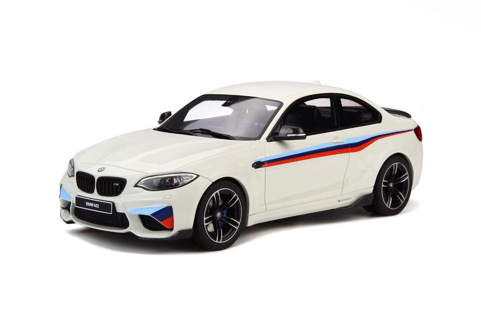 Ahorre hasta un 70% de descuento. GT Spirit 1 18 BMW M2 M2 M2 blancoo Alpino III GT758  ofrecemos varias marcas famosas