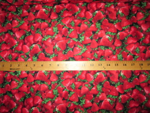 STRAWBERRIES REALISTIC FRUIT STRAWBERRY FRUITS FOOD COTTON FABRIC FQ