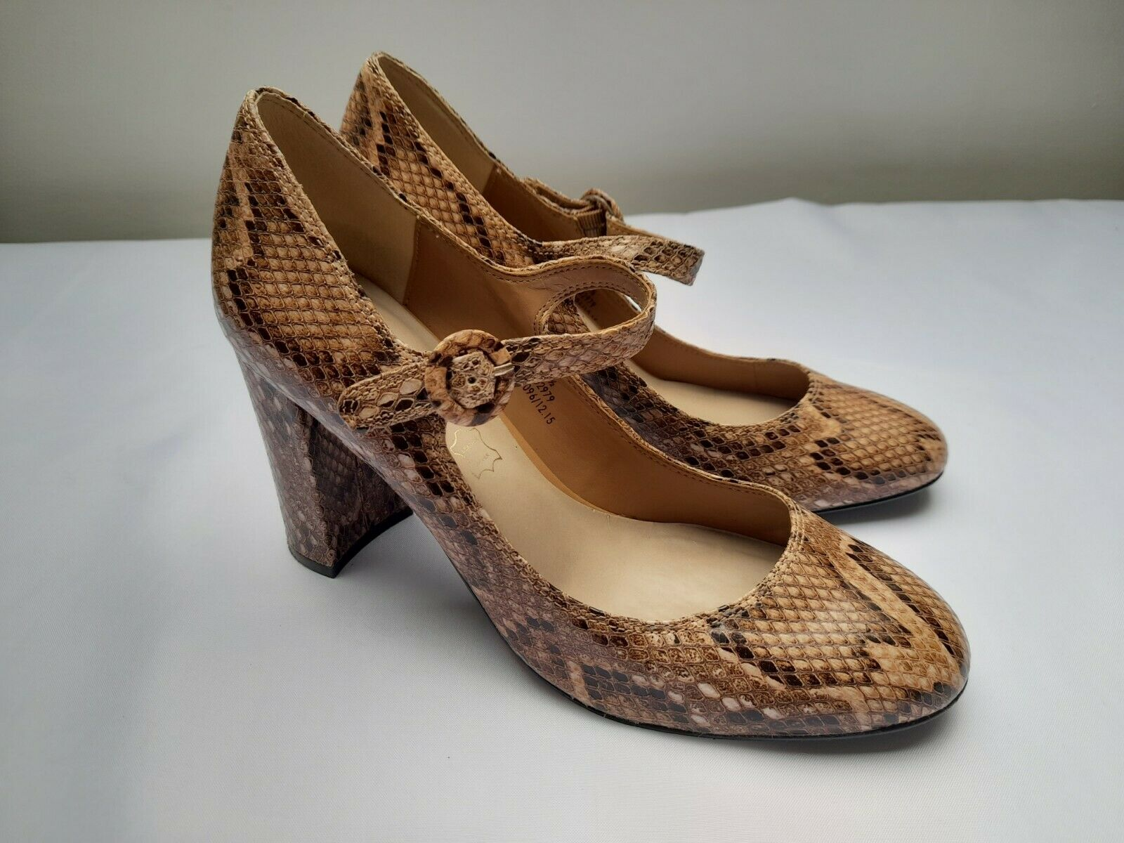 M&S AUTOGRAPH shoes size 6.5 leather snakeskin mary jane high block heel