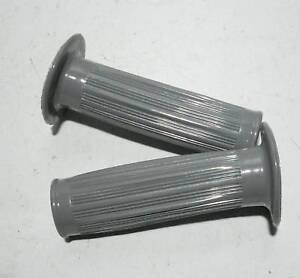 Velomoteur-POIGNEES-GRIS-NEUF-pour-commande-a-pedale-104mm-long