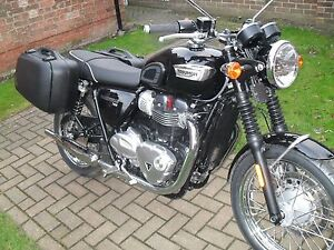 Triumph Bonneville T120t100street Twin Panniers With Full Fitting