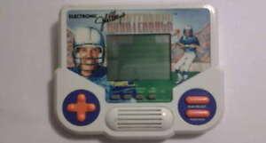 ELECTRONIC-QUARTERBACK-TIGER-GAME-LCD-VINTAGE-1988-FUNZIONANTE-bb32