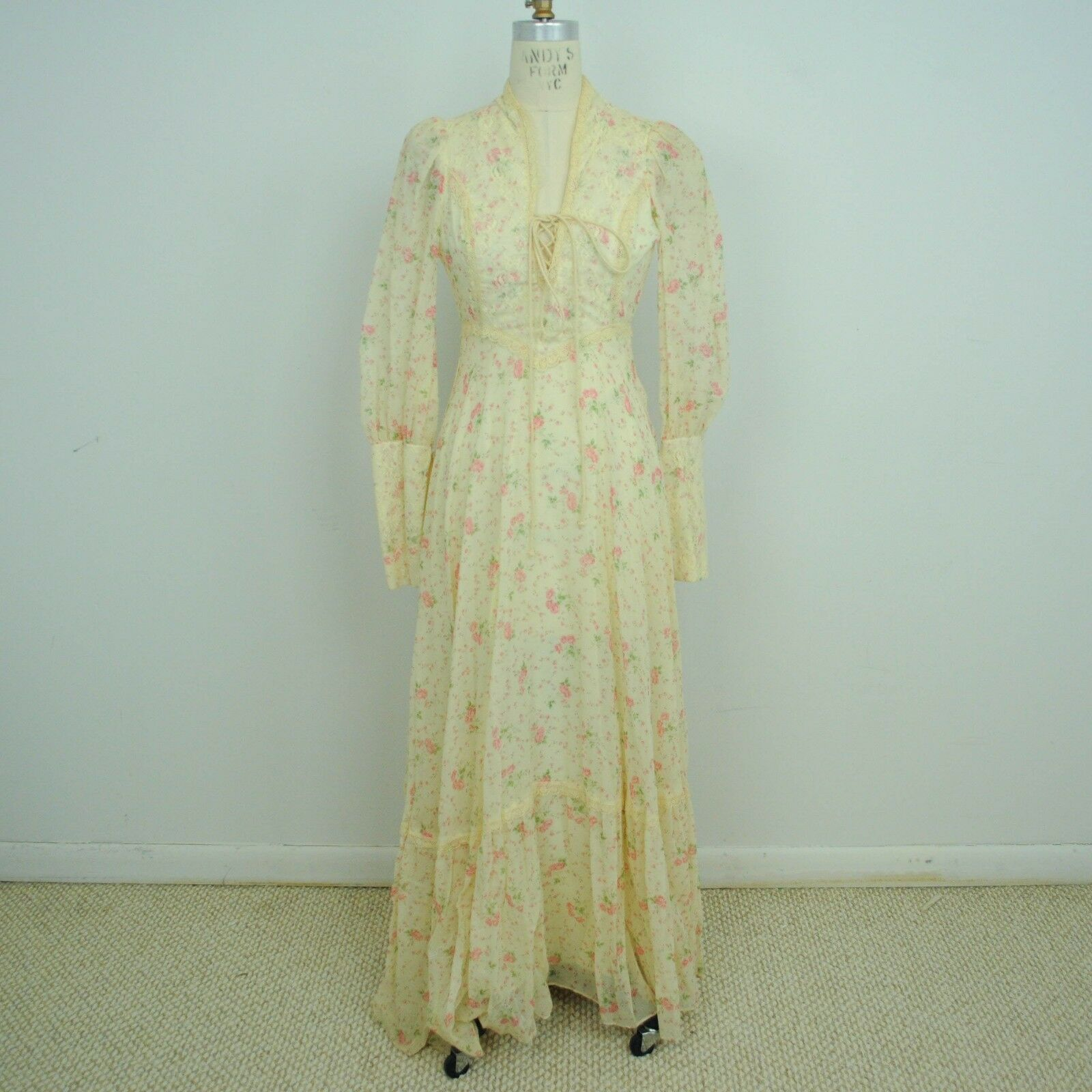 VTG 60s Womens Prairie Victorian Maxi Dress XXS XS Floral Lace Up Ivory J21