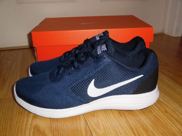 NEW Nike Revolution 3 Men s size 9.5 10.5 Navy White Shoes Sneakers 819300  406 5fad02625838