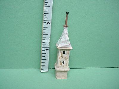 DOLLHOUSE Irish Cottage Birdhouse T8597 Town Square Miniatures