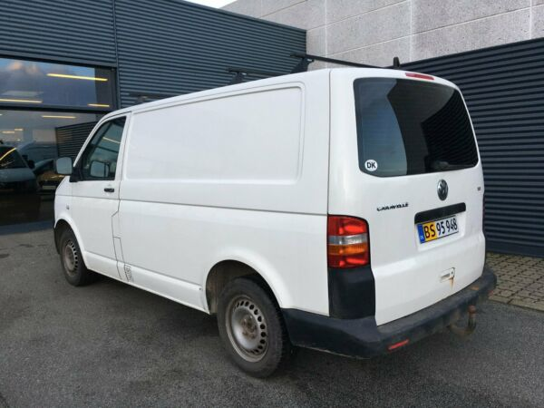 VW Transporter 1,9 TDi 104 Kassevogn kort - billede 2