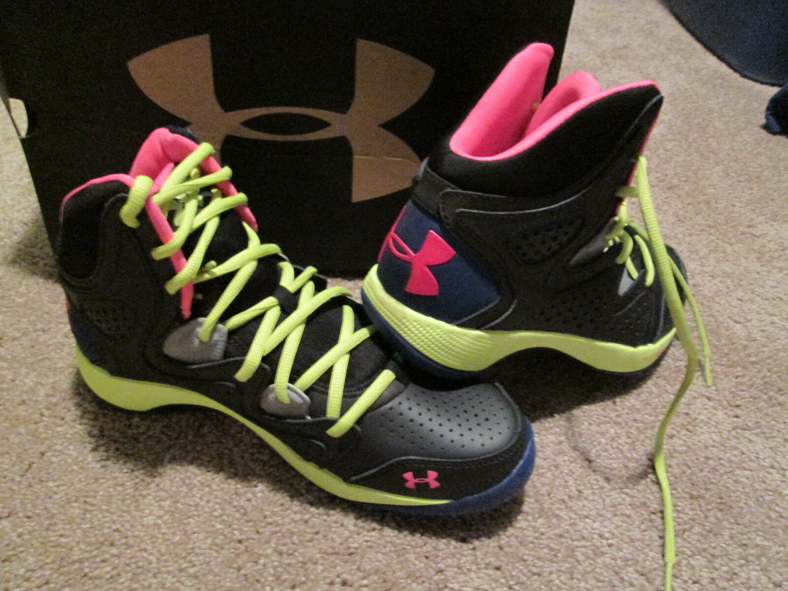 new product b87e5 441c9 NEW MENS UNDER ARMOUR MICRO G TORCH TORCH TORCH 2 BASKETBALL SHOES 9.5  BLK PINK