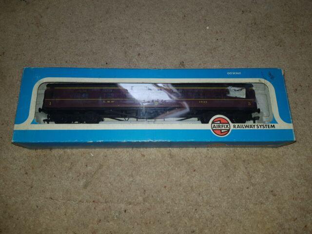 OO Airfix 4202-1 LMS 60ft composite corridor 1st-3rd class Coach 3935 boxed
